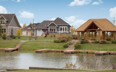 ​Luxury Lakeside Living at Whispering Pines