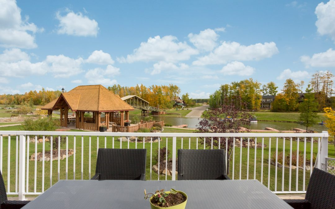Lakefront Luxury in Sylvan Lake
